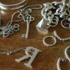 4 способа как очистить серебро от черноты